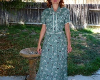 Vintage 1950s Shirtwaist Dress, Pastel Green Floral, Cotton dress S/M