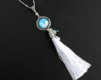 Dandelion Tuft Tassel Necklace. Dandelion Necklace. Blue Necklace. White Tassel Necklace. Silver Necklace. Handmade Necklace.