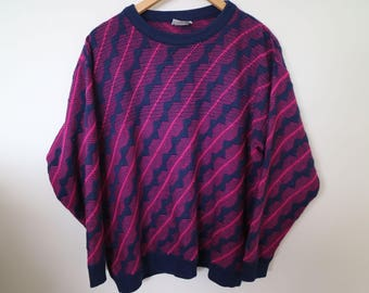 zigzag in navy and hot pink...1980s vintage jumper