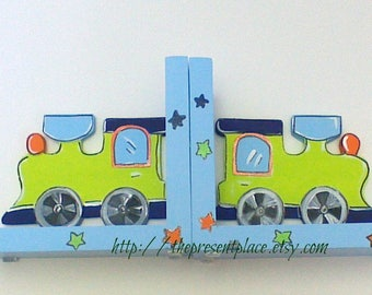 blue,green train bookends,personalized,bookends,boys bookend,kids bookend,train room decor,train bookends,childrens bookends,trains,stars