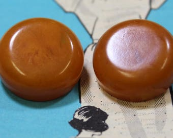 Marbled Butterscotch Bakelite Large Art Deco Bakelite Shank Buttons