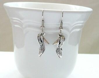 nd-High Heel Shoe Dangle Earrings