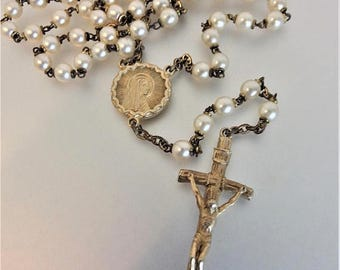 ON SALE Lovely Vintage Glass Faux Pearl Rosary Beads