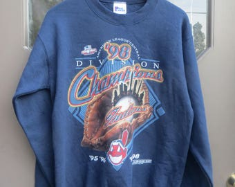 VTG PRO PLAYER Cleveland Indians Central Division Champion  90s  era  sweatshirt  sz 18-20  official  clubhouse