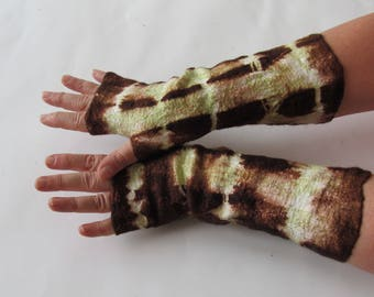 Hand Felted Mittens, Brown Green fingerless gloves, Wool gloves, Brown, Winter gift, Warm mitts, Black gloves