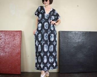 Deep V Neck Short Sleeve Rectangular Poncho Maxi Lace Print & Black Oval Print Poncho Dress Maxi Dress Women Sun Dress