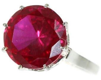 ON SALE Vintage ring in platinum set cubic zirconia