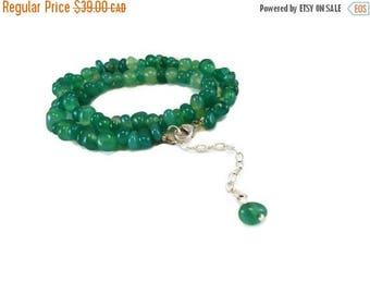 VACATION SALE Short Necklace Emerald Green Agate Pebble Beads and Sterling Silver, Agate Necklace Green Emerald Pebble Jewelry Green Gift fo