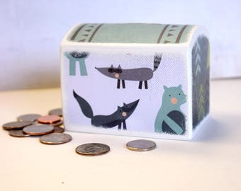 Fox / Bear / Raccoon /  Wood Bank / Kids Money Banks / Coin Bank / Kids Room Decor / Nursery /  Coin Box / Coin box / Woodland / Whimsical