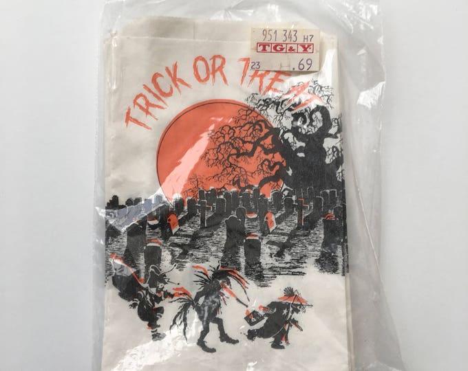 Twelve Cemetery Trick or Treat Halloween Goodie Candy Bags Vintage Ephemera
