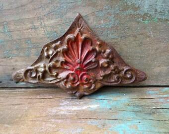 Vintage architectural embellishment cast iron Art Nouveau decorative ornamental curtain clip salvage Supplies