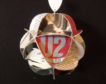 U2 Band Album Cover Ornament Made Of Record Jackets - Bono