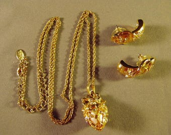 Vintage Joan Rivers Yellow Gold Plated Rhinestone Faberge Egg Pendant Necklace Pierced Earrings 9291