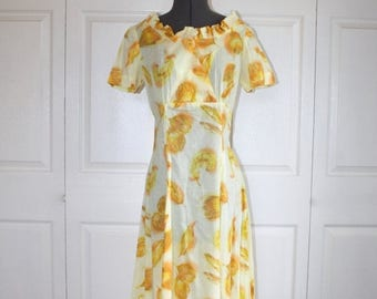 50% OFF SALE 1940s Dress Style . Vintage 1960s Does 1940s . Yellow Cotton Long Midi WWII Era Dress . Size Small Size 6