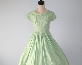 SALE 1950s Tea Party Dress . Vintage 50s Mint Green Fitted Waist Full Circle Skirt Darling Cotton Day Dress . Size Extra Small