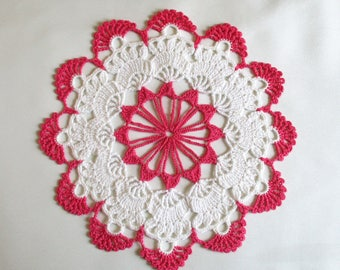 Vintage Hand Crocheted Pink and White Round Scalloped 8 Inch Doily
