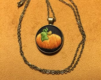 Fall pumpkin necklace hand embroidered no face
