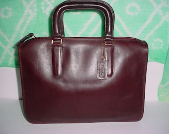 Vintage  Coach  Rare Burgundy  leather Bonnie Ca shin portfolio  briefcase bag .