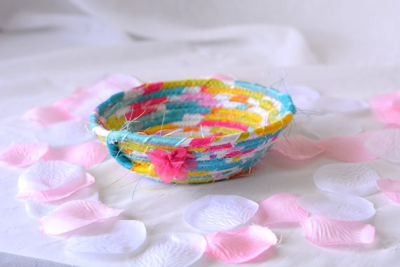 Modern Candy Dish, Handmade Fabric Basket, Pink Sateen Basket, Pink Candy Bowl, Cute Girl Room Decoration, Cute Desk Accessory