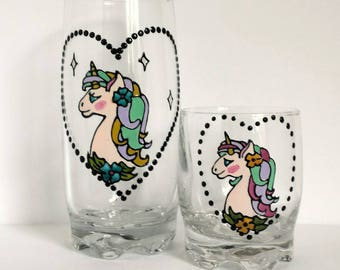 Lovely handpainted unicorn on juice glass (two different sizes of glass possible)