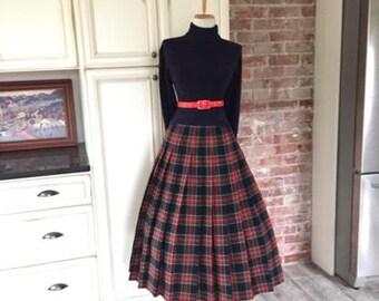 Vintage 50s 60s PENDLETON Tartan Plaid Wool Pleated Skirt / 1950s 1960s Secretary Mad Men Costume / High Waist I Love Lucy Pin Up Full Skirt
