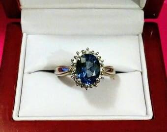 Vintage Sapphire in 14K White Gold