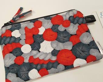 Pen Zip Pouch in Yarn