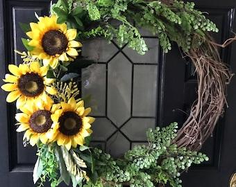 Fall wreath, Sunflower Wreath, Front Door Wreath, Fall Door Decor, Rustic Grapevine Wreath
