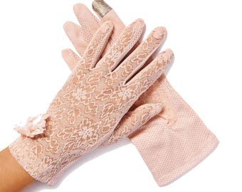 Lulu Pink Pearl & Daisy Sheer Summer Gloves