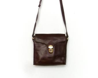 Vintage Womens Small Purse Bag / Dark Brown Reddish Leather / Shoulder Bag Crossbody Satchel / 80s
