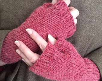 Watermelon RED FINGERLESS GLOVES || Hand Knit Wrist Warmers || Alpaca Gaming Mittens || Gloves for Her
