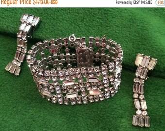 SPECIAL Vintage Hobe Rhinestones Rhodium bracelet and Shoulder Duster Earrings Classic Marilyn Monroe