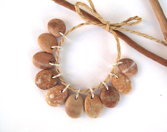 For SUE - Rock Beads Beach Stone Charms Mediterranean Diy Jewelry Drilled River Stone Beads Small Stone Pairs Copper PEACH CHARMS 17-18 mm