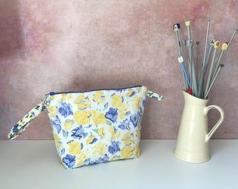 Vintage Laura Ashley zipper pouch/project bag