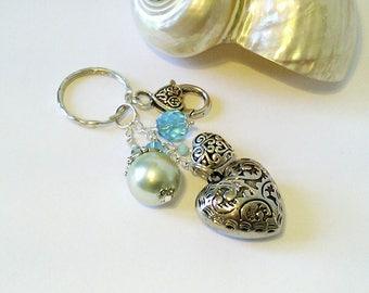 Bijou de Sac Coeur argenté, Verre nacré Vert/Bleu menthe, Cristal de Swarovski, Breloque coeur - Green Aqua pearl Key ring / Bag jewelry