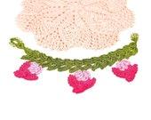 Bracelet-Bohemian Green Leaves Pink Flower Crochet Handmade Beaded Oya Bracelet, Floral Ethnic Lace Bracelet, Fiber Jewelry, Turkish Oya