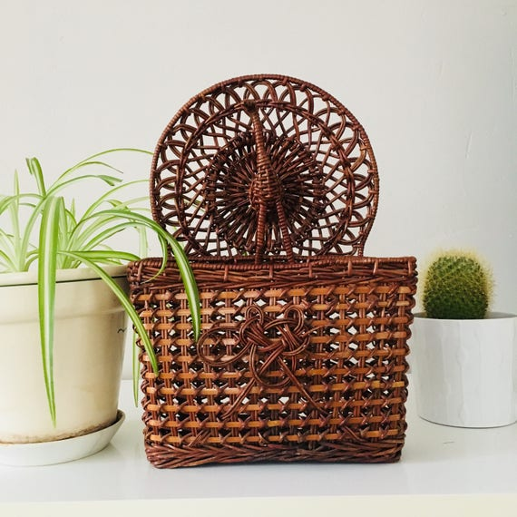 Vintage Brown Wicker Basket Woven Peacock Wall Pocket Basket Decorative Woven Wall Hanging Boho Decor