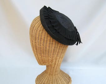 Vintage Ladies Close Hat Black Straw Pleated Frilly Ribbon Trim Betmar