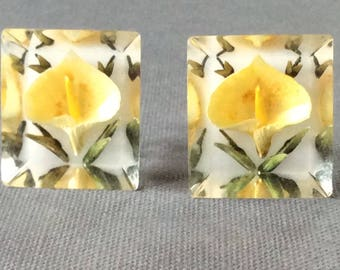 Vintage Lucite Reversed Carved Screw Back Earrings /Yellow Floral Earrings  / Retro Lucite Earrings / Calla Lillies