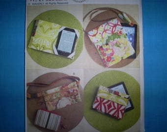 Butterick 6002 Zipper Case, Fanny Pack And Electronick Device Cases.