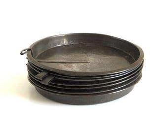 "8 Antique Cake Pans Vintage Bakeware Round Slider Food Photography Props 8"" Ekco 91 & Unmarked"