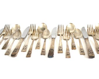 Complete Silverware Set Oneida Community Plate Coronation Service for 4 Tarnished Silverplate Flatware Art Deco Silver (as-is)