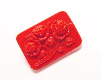 Faux Red Cinnabar Celluloid Roses Brooch 1960s
