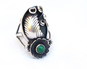 Southwestern Ring Size 4 .75 Green Turquoise Vintage Ornate Sterling Silver Artisan Jewelry Green Stone Flower Feather