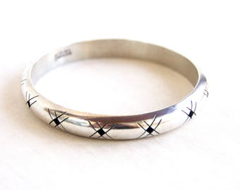 Mexican Bangle Bracelet Hollow Sterling Silver Cut Out Stacking Bangle Size 8 Medium Large Vintage Taxco Mexico Jewelry