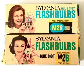 Vintage unused FLASHBULBS - Sylvania M2B - Blue Daylight - NOS - Qty:20