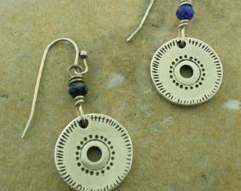 Silver disk earrings with lapis