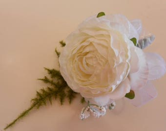 Set of WHITE WEDDING CORSAGE. Ranunculus Babies Breath Prom Woman's Corsage Silk Flowers Destination Wedding Mother of the Bride or Groom