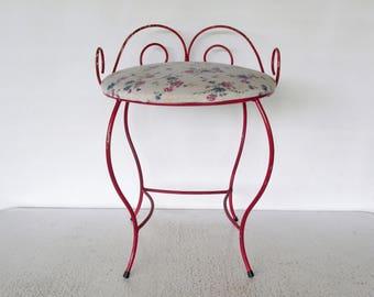 Vanity Seat Ladies Makeup Chair Bedroom Cushioned Stool Metal Chippy Red