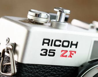 Classic Working Ricoh 35ZF 35mm film compact camera with full Manual and Shutter priority Automatic exposure control c1976
